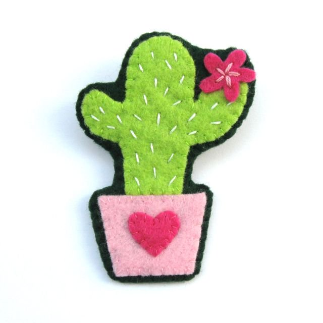 Felt Cactus Brooch Tutorial