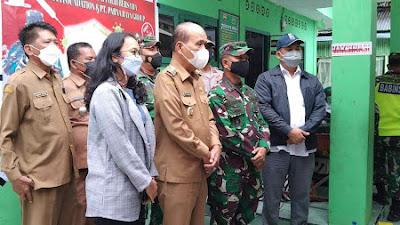 TNI - Polri, Pemkab Samosir dan Parna Raya Group Serbuan Vaksinasi