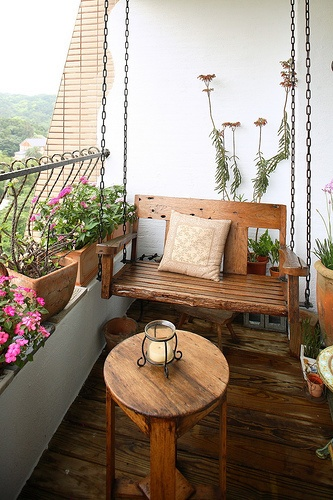 Resultado de imagem para varanda pequena de apartamento