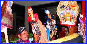 Wayang Golek  Hidup di daerah Jawa Tengah, dimainkan oleh seorang dalang.
