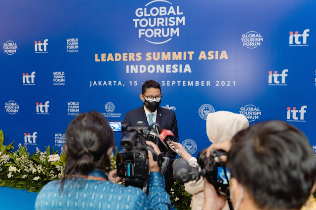 Sandiaga Uno Pimpin Minister Talk di Global Tourism Forum 2021