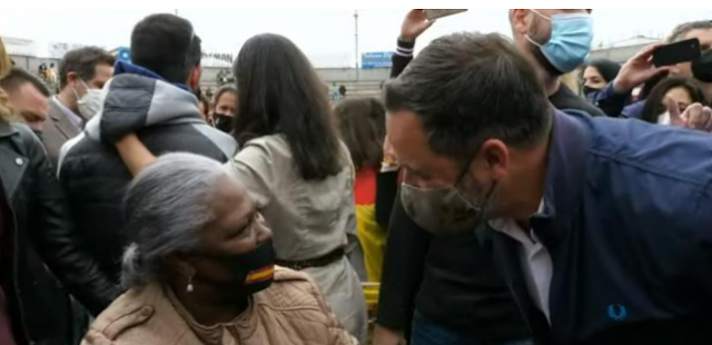"Abascal llama ""llorón cobarde"" a Iglesias"
