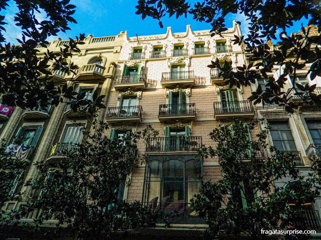 Edifício modernista no bairro de Gràcia, Barcelona
