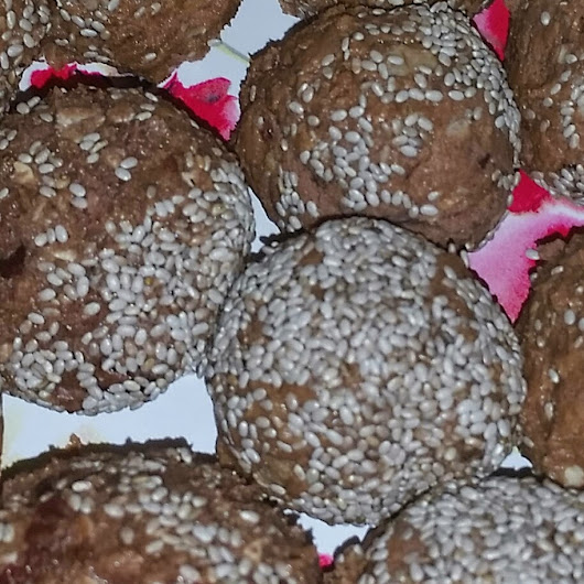 Protein Peanut Butter Balls Part 2- PB and J Protein Balls