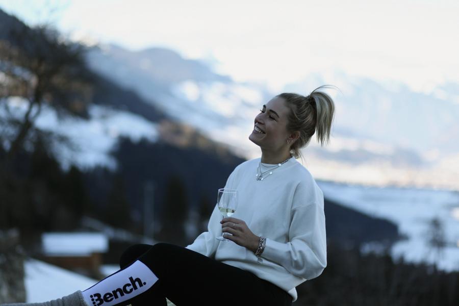 lauralamode-chalet-österreich-wachterhof-review-travel-hütte-kaltenbach-austria-travelblogger-lifestyle-blogger-blog-munich-muenchen-muc