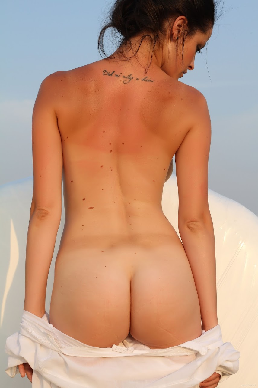 [EroticBeauty] Lu Lu - The White Spot 1490539916__eb-the-white-spot-cover