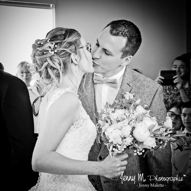 bisous des mariés photos