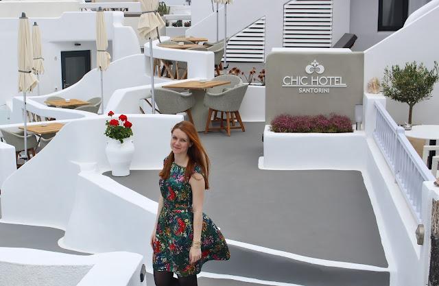 rena´s rooms, lucie srbová, česká blogerka, tropical dress, santorini