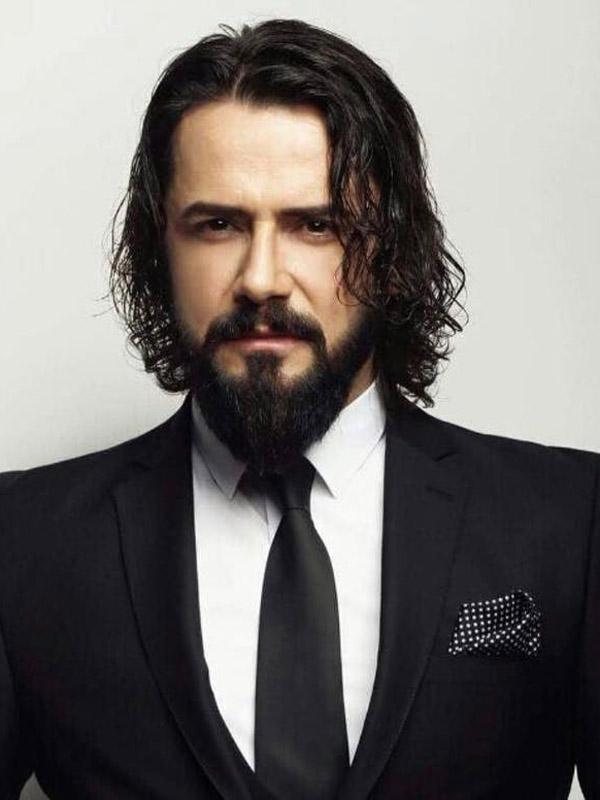 من هو احمد جلال الدين باشا بطل مسلسل السلطان عبد الحميد الثاني الممثل التركي جيم اوتشان Cem Ucan