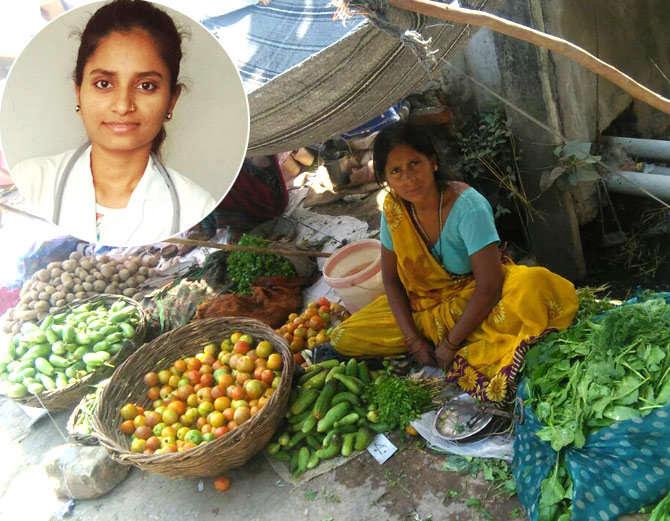 मां हो तो ऐसी - लगाया झाड़ू-पोंछा, बेची सब्जी और बेटी को बना दिया डॉक्टर
