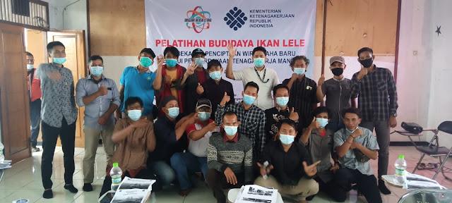 Yayasan Anugrah Inersia Utama Laksanakan Bimtek Budidaya Lele Bioflok di Babelan