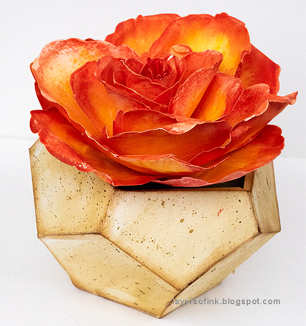 Paper Rose in Geometric Pot Tutorial