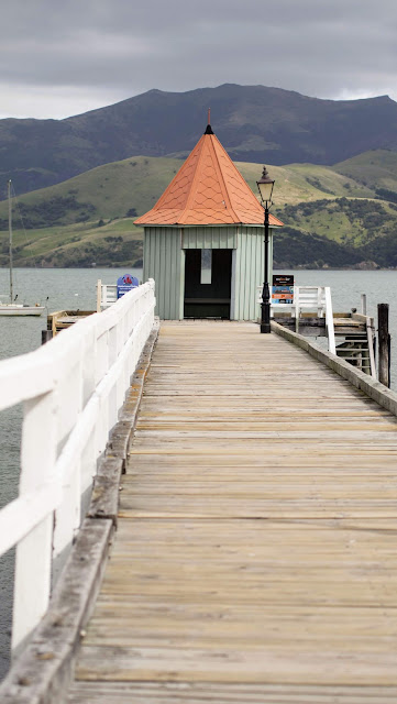 2 weeks in New Zealand road trip: pier at Akaroa on the Banks Peninsula