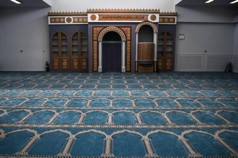 """جائحة """"كورونا"""" تؤخّر افتتاح أول مسجد في أثينا"""