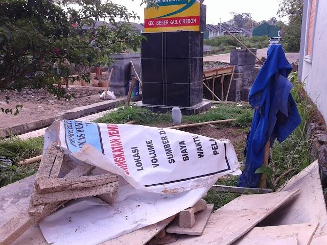 Merasa Dirugikan, Warga Minta Pertanggungjawaban  Pembangunan Jembatan Cikancas, Cirebon