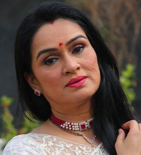 Shraddha Kapoor Aunt