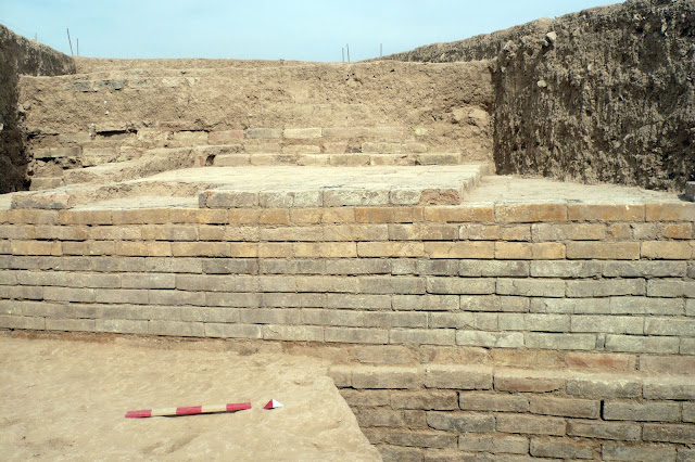 Gate of Cyrus the Great unearthed near Persepolis