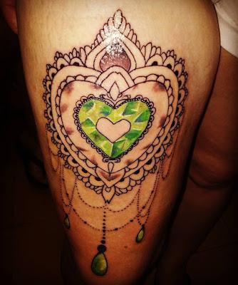Tatuaje en la pierna para mujer