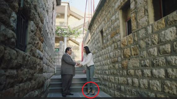 خطأ فادح في ملابس 'الهيبة' يُورط نادين نجيم  شاهد بالصور ...من المسؤول عن هذا الخطأ