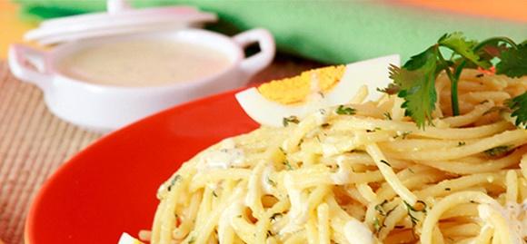 Espaguetis En Mayonesa Y Cilantro