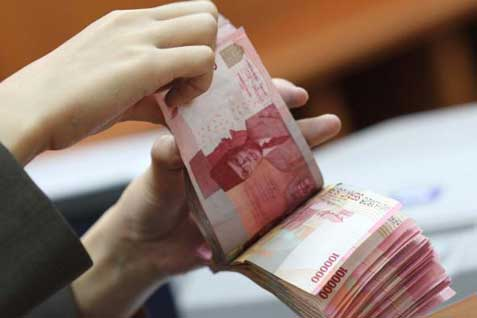 uang 10 juta rupiah