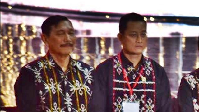 Juliari Dicokok KPK, Netizen Curiga Opung Luhut Jadi Plt Mensos