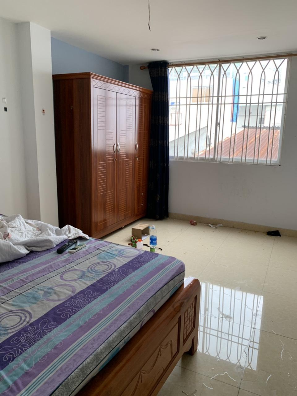 Bán nhà hẻm 780 Trần Hưng Đạo phường 7 Quận 5. DT 3,3x12,5m