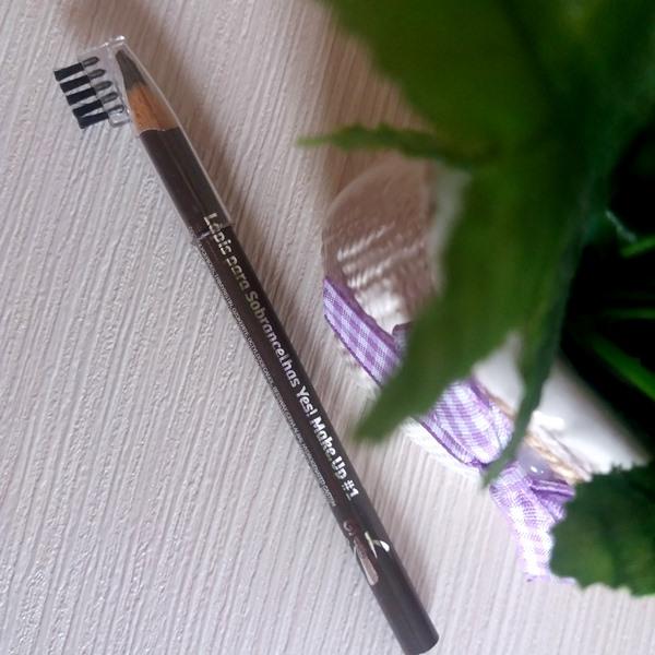lápis para sobrancelhas da YES! Cosmetics