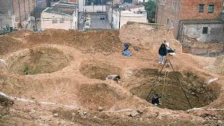 Silos iberos en la montaña de Montjuïc (1990)
