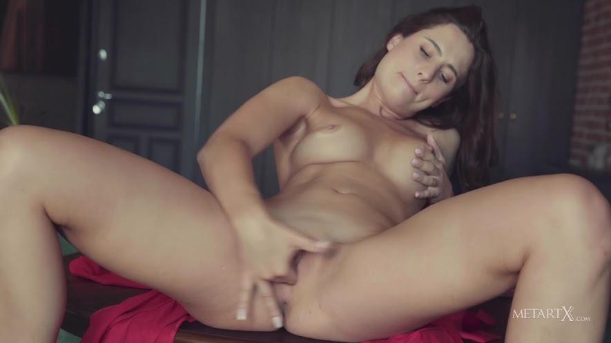 3706655597 [MetartX] Mara Blake - Chandelier