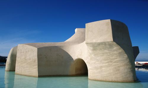 'Monumento al Mar', en el área más oriental de las instalaciones