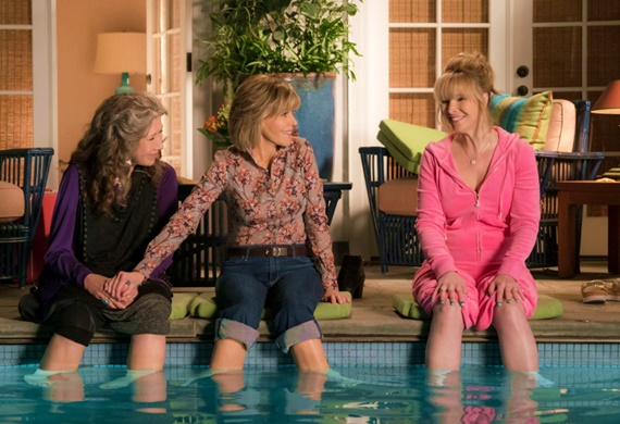 assistir serie Grace And Frankie Lisa Kudrow friends netflix idosas gays terceira idade lily tomlin jane fonda