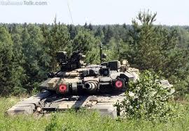دبابات ت 9 الجزائرية  المجهزة بنظام شتورا 1  ترابط  على الحدود  مع المغرب