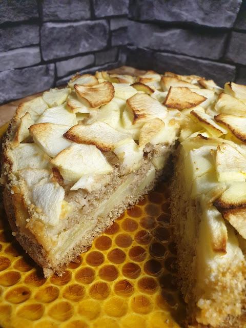 Szybkie ciasto owsiane z jabłkami