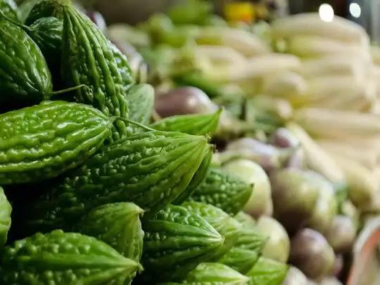 प्रेग्नेंसी में करेला खाना काफी हेल्दी होता है, इसको खाने से होते हैं ये 4 बड़े फायदे