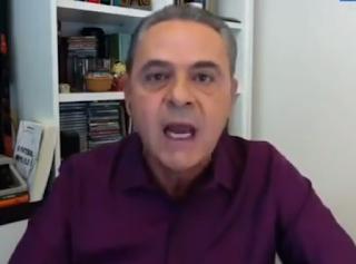 Narrador Luiz Roberto manifesta-se indignado com a realização da Copa América no Brasil