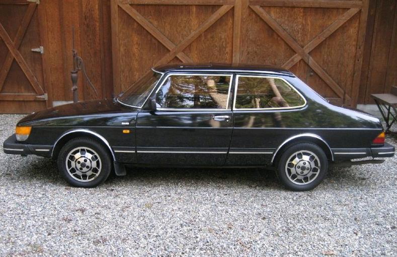 1986 Saab 900s 2 Door Notchback