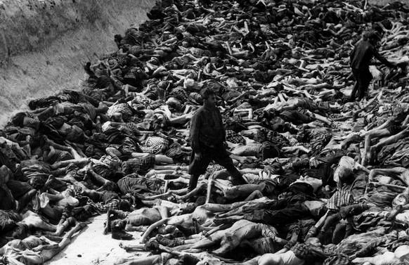 Jejak Foto-Foto Horor Pembantaian Holokaus Yang Langka