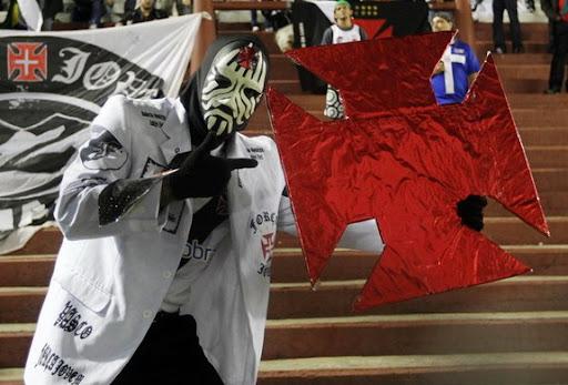 Masked Magician is Vasco fan