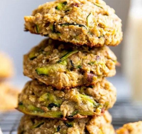 ZUCCHINI BREAD BREAKFAST COOKIES #vegetarian #glutenfree
