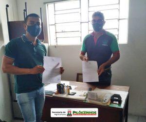 Secretaria de Agricultura oficializa proposta de realização de cursos de formação para produtores rurais de Pilõezinhos