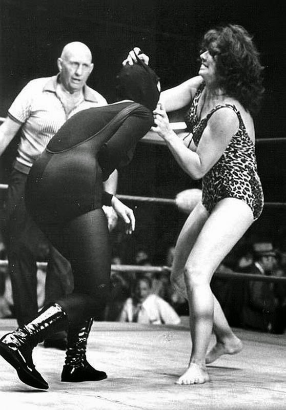 Ann Casey-female wrestling-girl wrestler