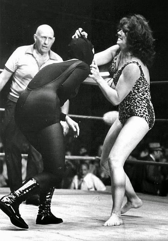 Ann Casey-female wrestling-girl wrestler