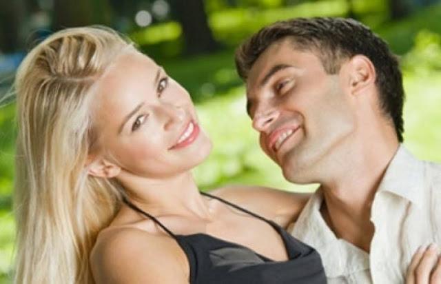 ما الذي يجذب الرجل في وجهك؟ إنها 6 ملامح والرابعة ستفاجئك ! اليكِ 6 ملامح تجذب الرجل بقوة حين تفعلينها بوجهك