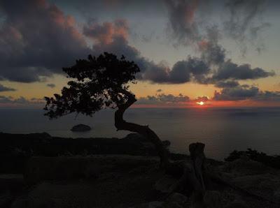 tramonto a Monolithos