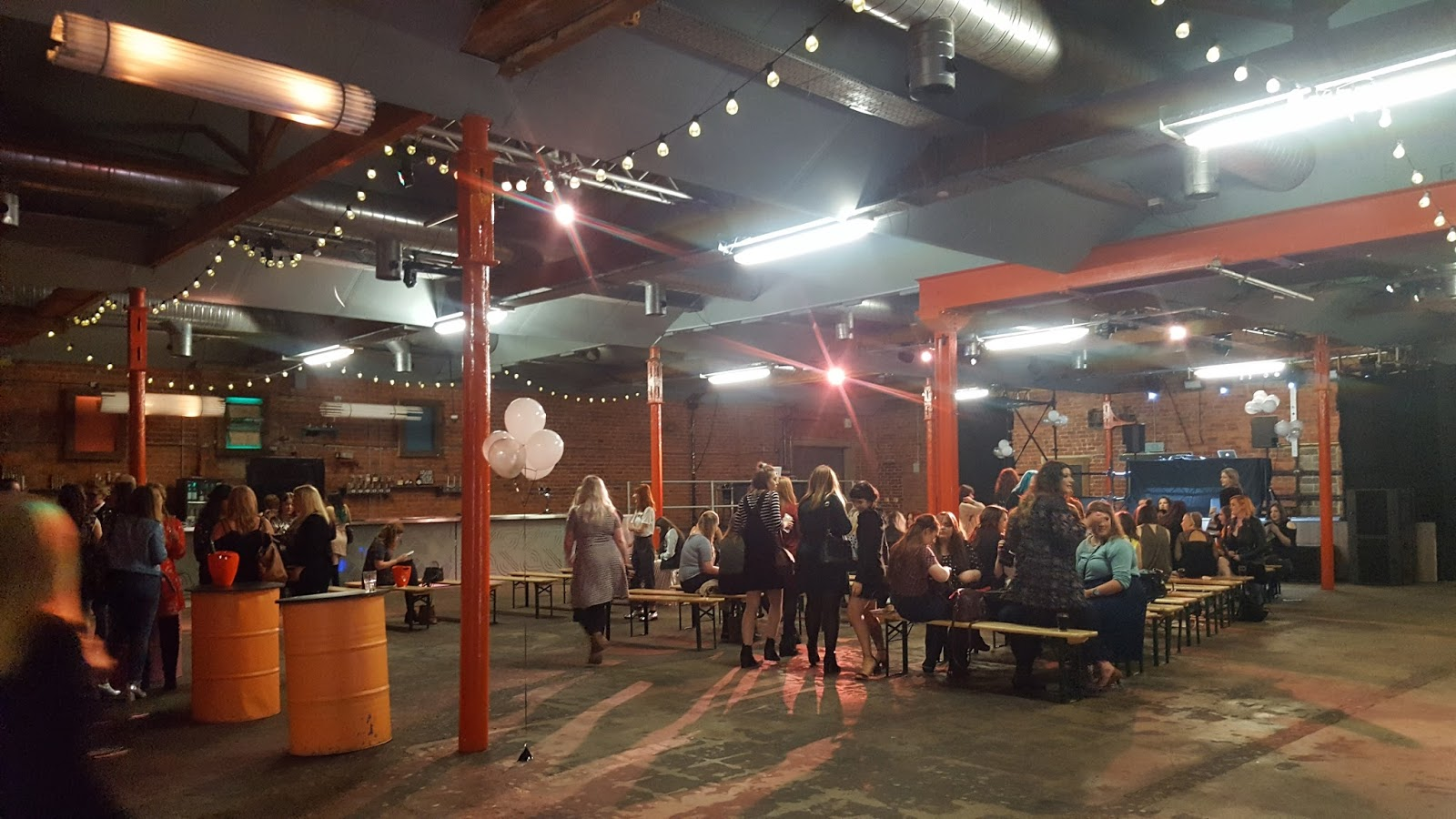 Bloggers networking at Canal Mills Bloggers Blog Awards 2016