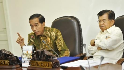 Di Rapat Kabinet, Jokowi Sentil Rini Soemarno dan Ignasius Jonan