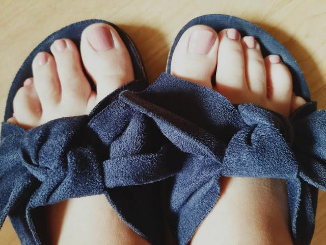 Pielęgnacja stóp nie tylko latem.