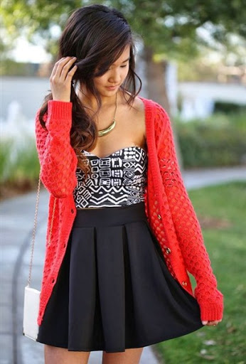 high waisted short black skirt