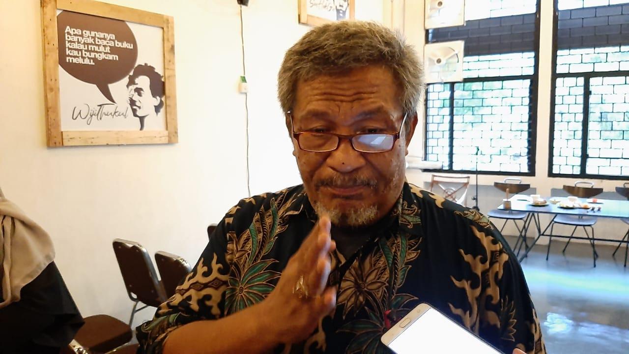 Tak Kirim Karangan Bunga Tragedi Nanggala 402, Pengamat: Buzzer Hanya Mengabdi Para Cukong & Taipan!